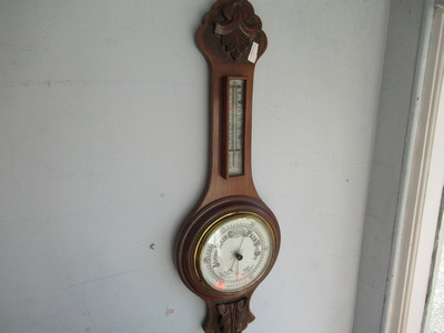 Oak-wall-barometer