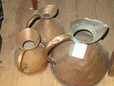 Set-of-3-vintage-copper-measuring-jugs