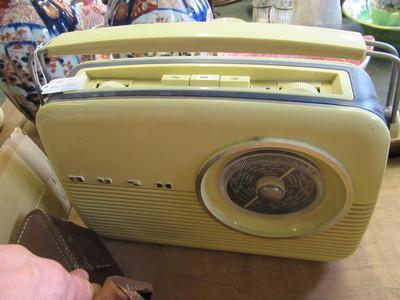 Vintage-Bush-radio