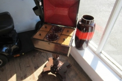Antique-Teaboy-stand