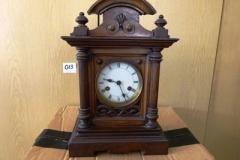 Lot-013-Antique-Oak-Cased-Mantle-Clock