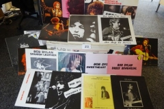 Lot-022-Twenty-One-Bob-Dylan-Albums-of-Live-Recordings-and-Sessions