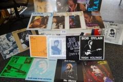 Lot-023-Twenty-Bob-Dylan-Albums-of-Live-and-Rare-Recording