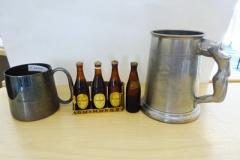 Lot-039-EPNS-Guinness-Mug-4-Guinness-Miniatures-and-a-Metal-Tankard